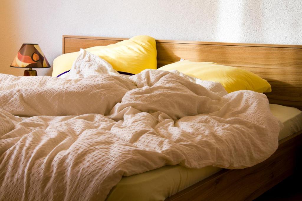 Картинки пустая кровать