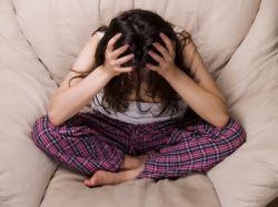 Нервный срыв: симптомы яркой реакции