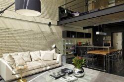 Стиль лофт в интерьере: апартаменты на чердаке