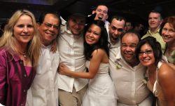 Как оригинально поздравить с днем свадьбы дорогих сердцу людей