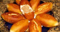 Жареные пирожки с мясом из дрожжевого теста