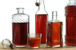 Как сделать настойку из спирта в домашних условиях?