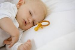 Хрипы в горле у ребёнка: причины и следствия