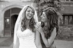 Свидетельница на свадьбе: какова ее роль и обязанности?