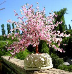 Сакура из бисера - отличный аксессуар для вашего дома
