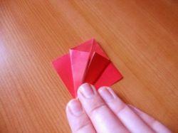 Как сделать оригинальный тюльпан оригами?