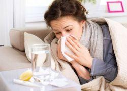 Как быстро вылечить простуду лекарственными препаратами и народными средствами
