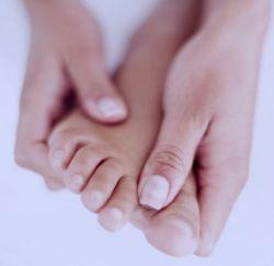 Почему происходит онемение ног
