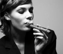 Как курить сигары: советы и критерии выбора
