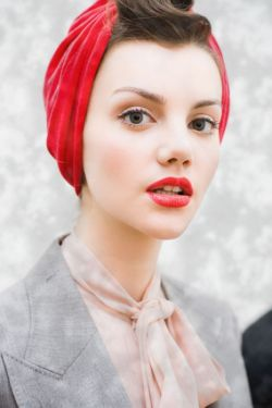 как завязать шарф зимой на голове фото