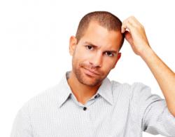 Признаки молочницы у мужчин: первые симптомы и методы лечения