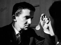 Как загипнотизировать человека: развитие скрытых способностей и талантов