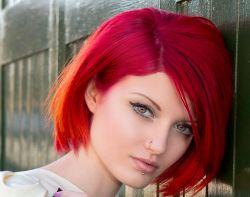 Красный цвет волос: все тонкости и советы
