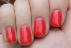 Покрытие гель-лаком ногтей: пошаговая инструкция с фото
