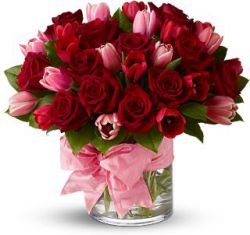Голландская роза. Популярные сорта и особенности выращивания.