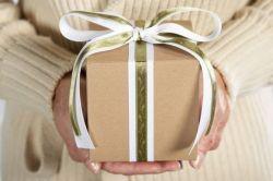 Подарок маме своими руками и не только